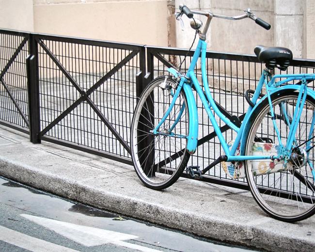 Prints NR - Paris in Blue Bicycle